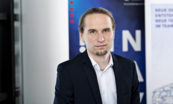 Dr. Hendrik Pollmann