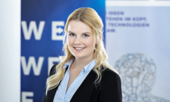 Anna-Rebekka Warschau
