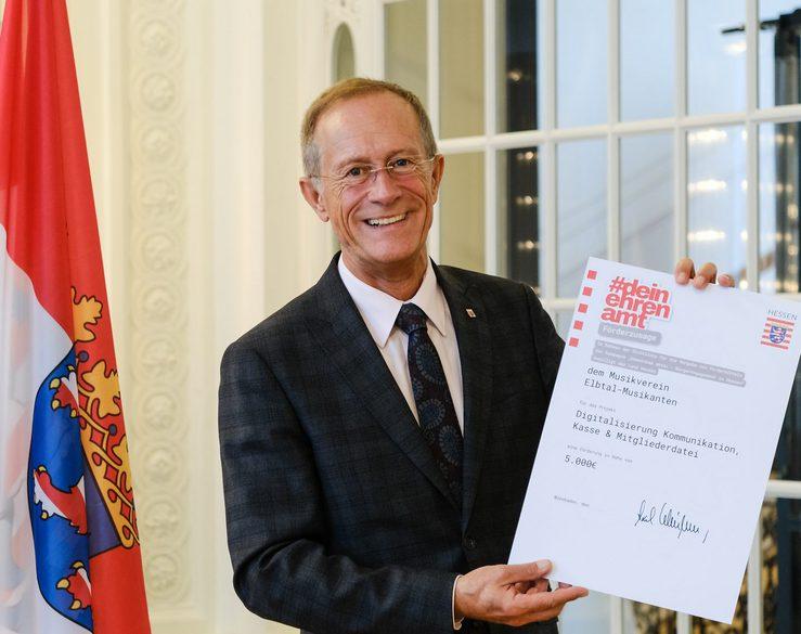Staatsminister Axel Wintermeyer fördert Projekte der Elbtal-Musikanten und des Landkreises Limburg-Weilburg